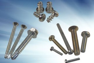 Threaded fasteners for Manufacturing Industry – standards and specials to the Lineside