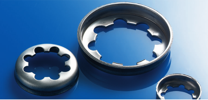 Dubo Toothed Collar Rings from Challenge Europe
